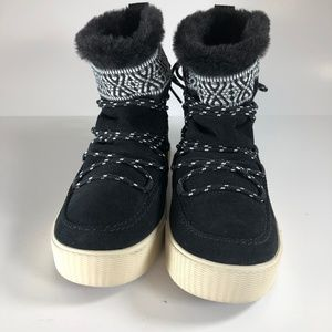 Toms Womens Alpine Black Tribal Insulated Boots